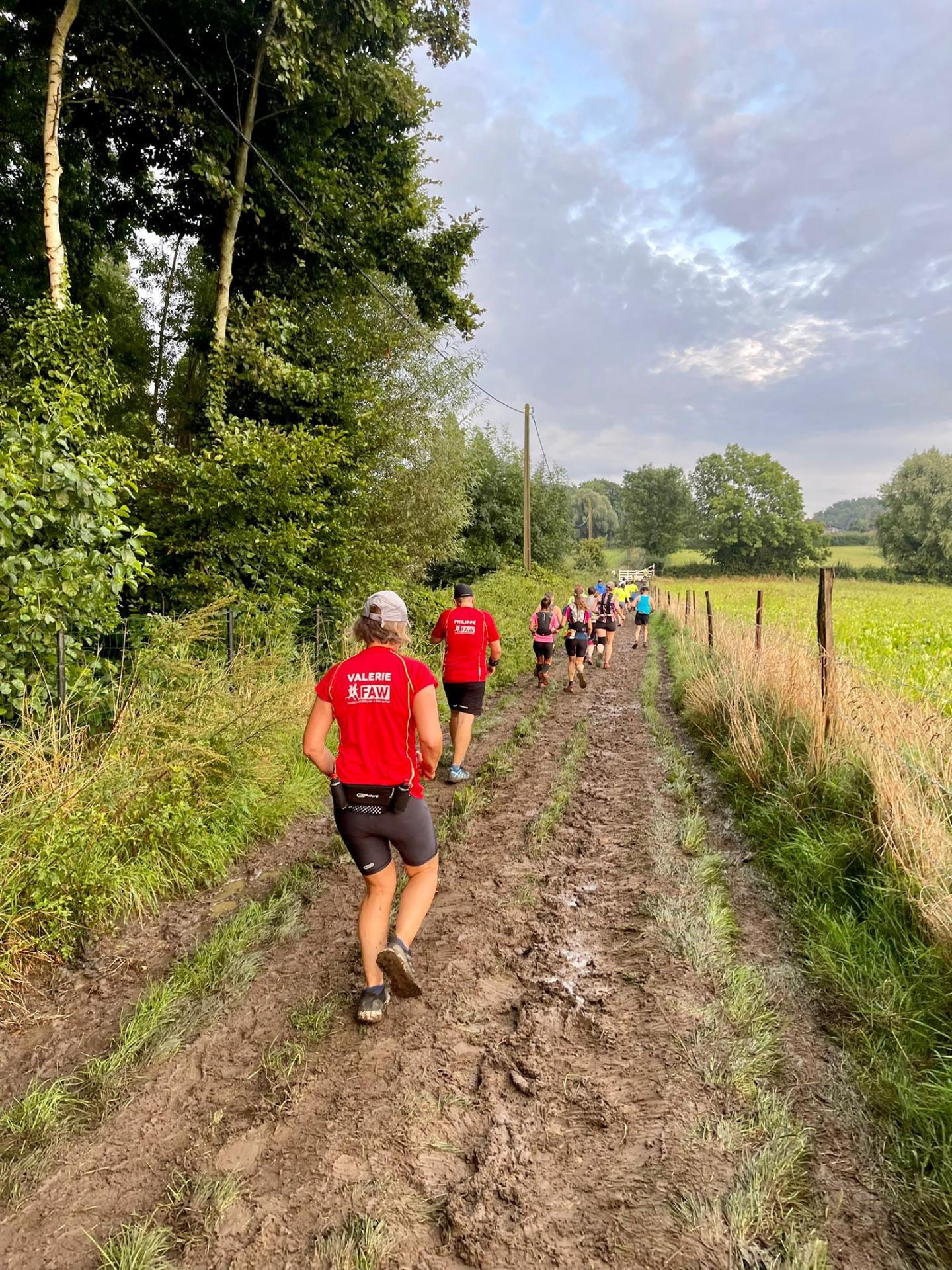 La course dans la boue