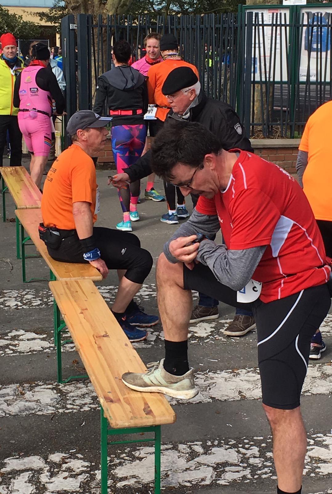 On vérifie le temps après l'arrivée du semi-marathon